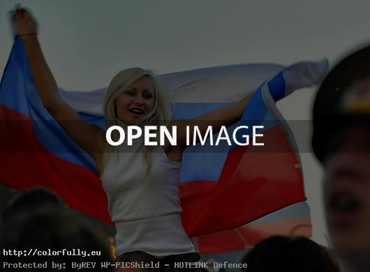 Russian fan girl - Euro 2012