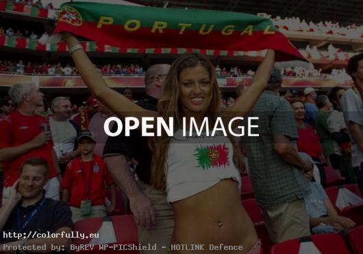 Cute portuguese fan girl - Euro 2012