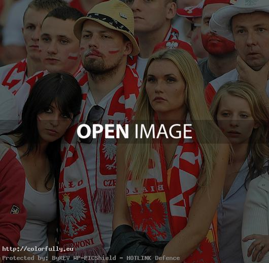 Polish girls fans - Euro 2012