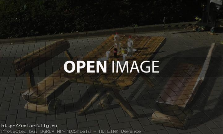 Bench and Picnic - Street art illusion
