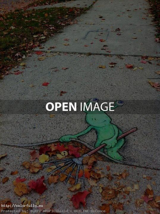 Autumn leaves – Creative street painting